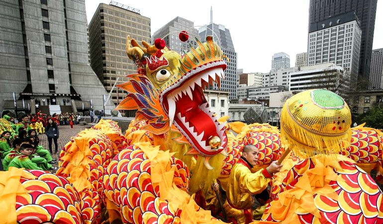 How to Spot Dragon and Lion Dances at Chinese New Year