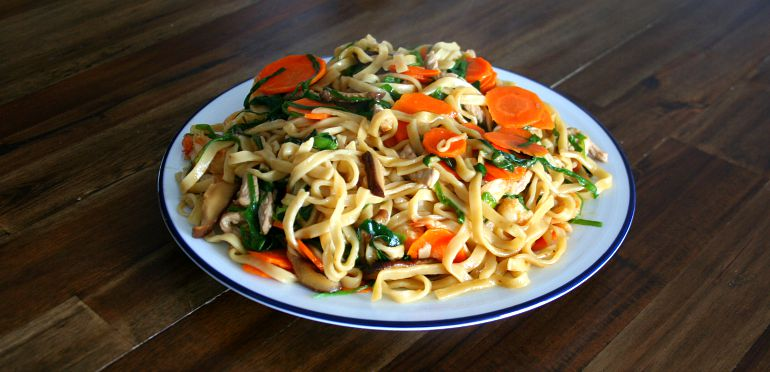 How To Make Braised Longevity Noodles