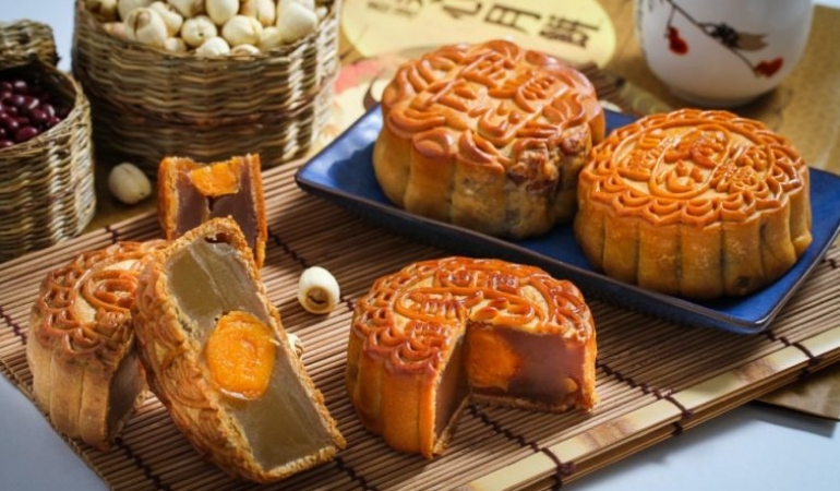 A Mooncake Buyers Guide Chinese American Family